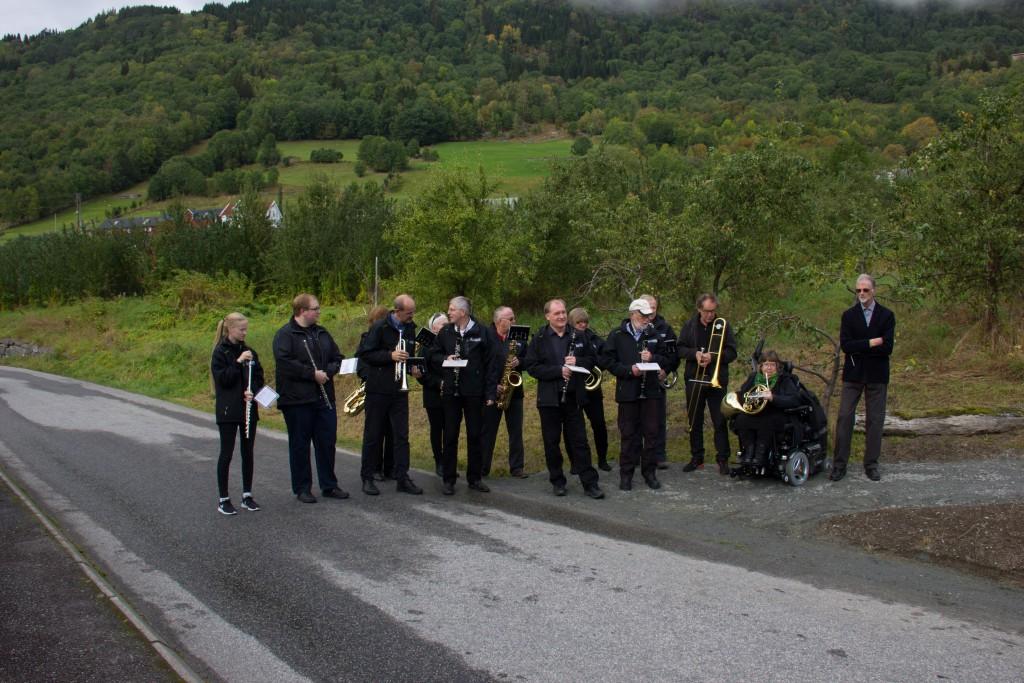 Leikanger Musikklag spelte